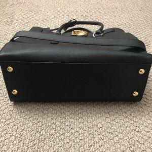 Michael Kors Bags - Michael Kors Large Hamilton Purse Black